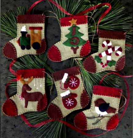 Kit Warm Feet Ornaments